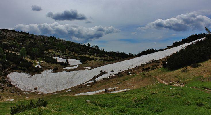 neve in primavera sull'Ortigara