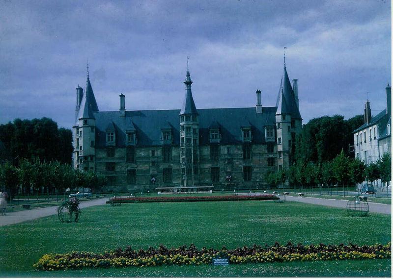 Nevers-sur-Loire