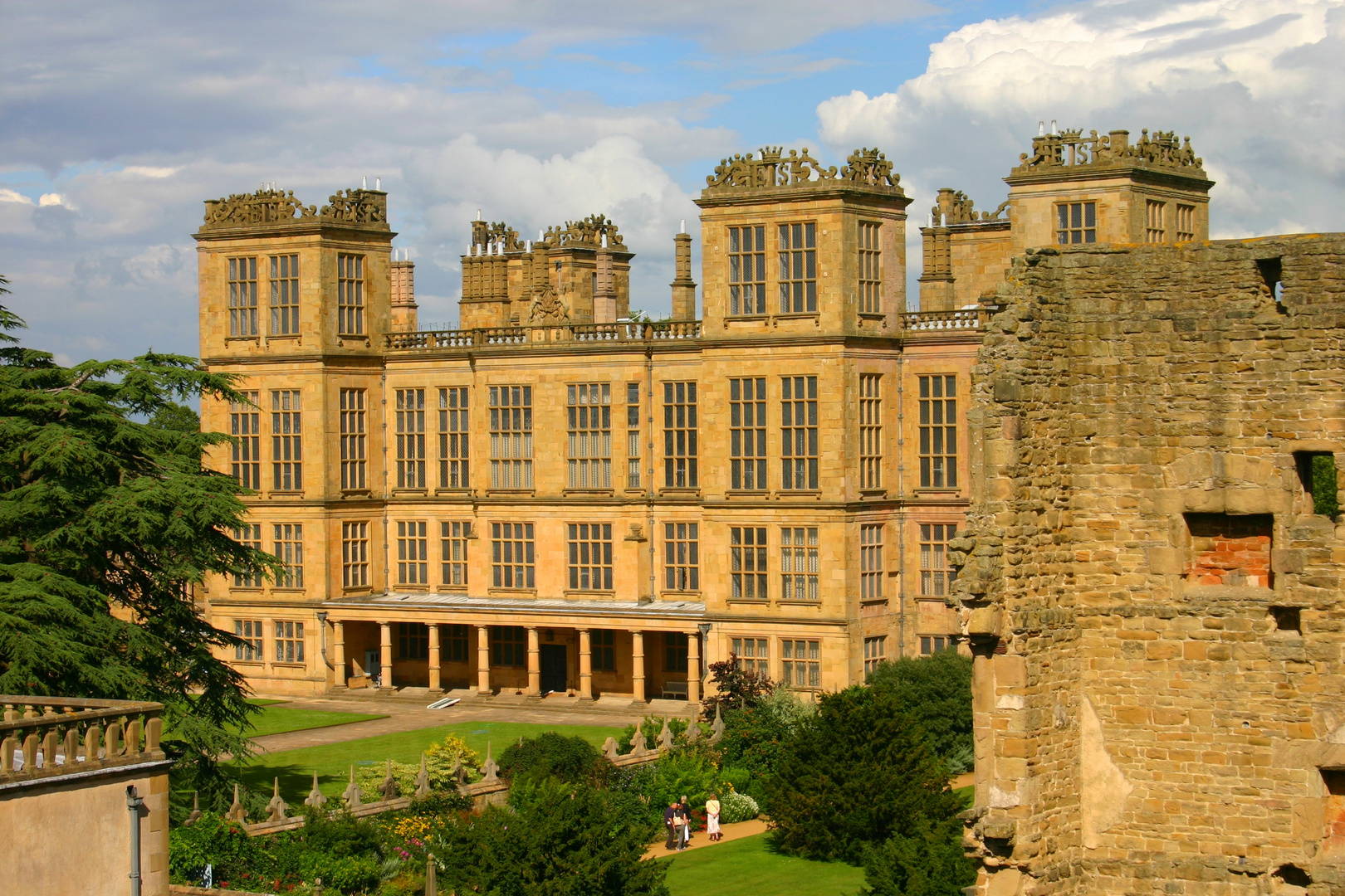 New Hardwick Hall from old Hall