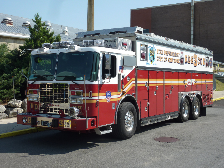 New Truck : Rescue3 ,BIG Blue,Bronxe/Harlem, Fire Departmend New York City