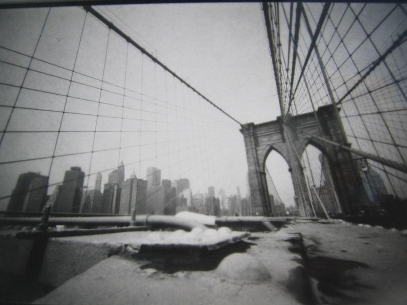 New York, Brooklyn Bridge, Lochkamera, 30 sec. Belichtungszeit