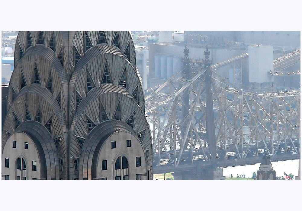 New York: Chrysler-Building im Morgendunst