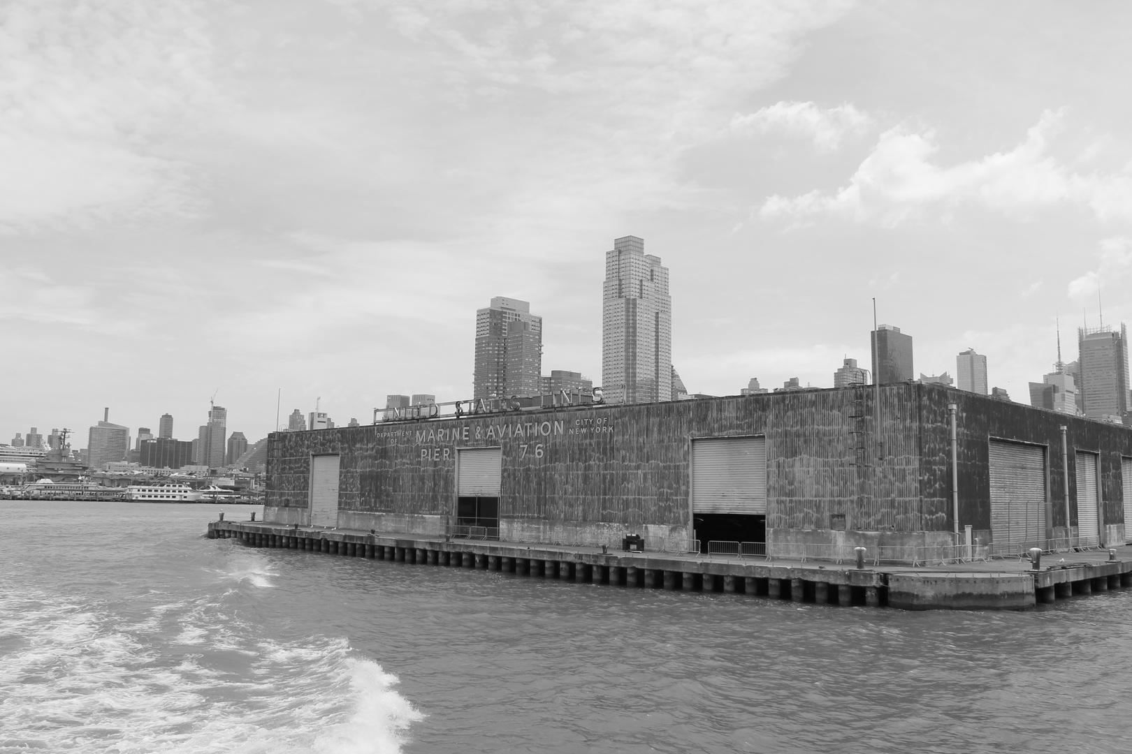 New York City - Marine Pier 76