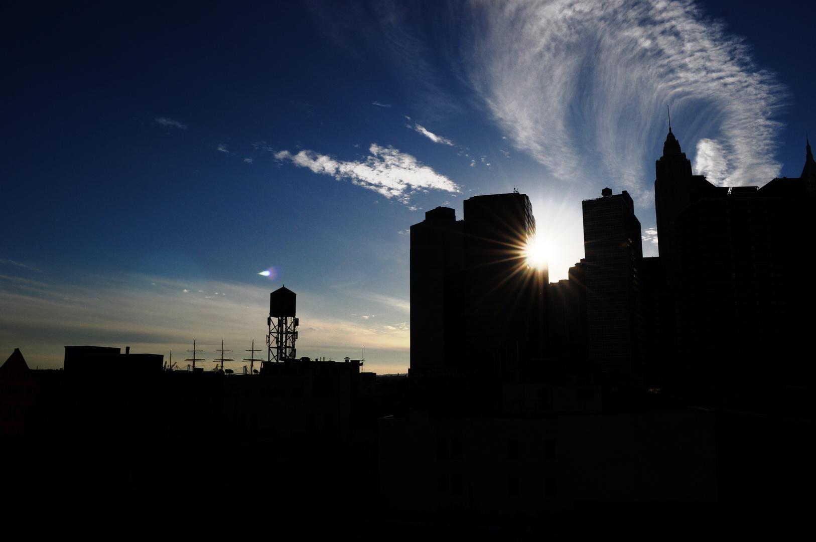 New York - Manhatten - Sonne - Wolken - Wind