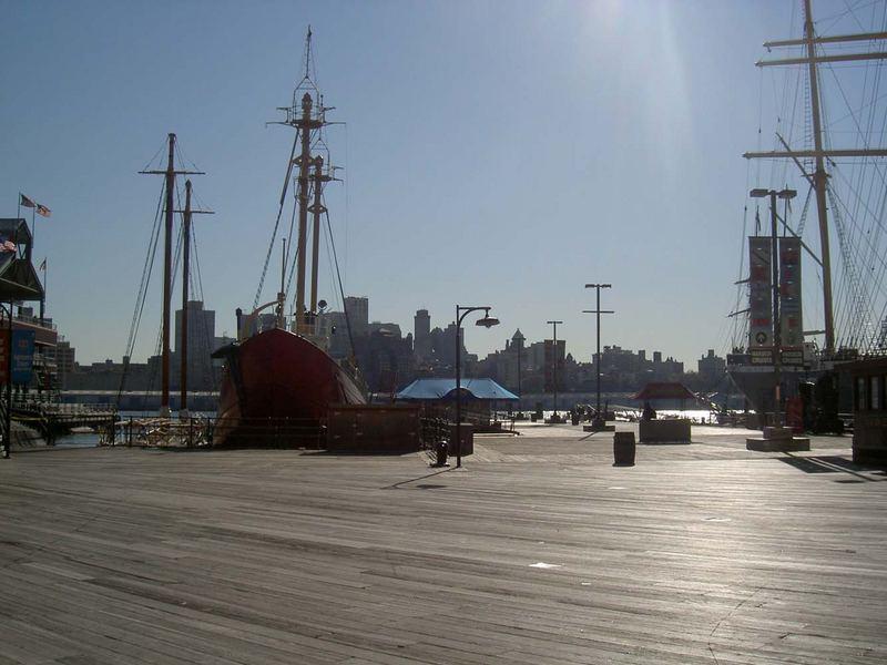 New York - Pier 17
