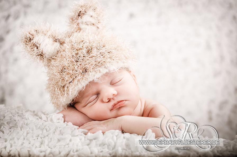Newborn Emma Chloé, 9 Tage | (Babyfotograf Tübingen)