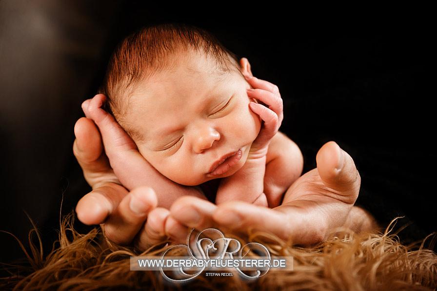 Newborn Theo, 9 Tage | (Babyfotograf Oberhausen)