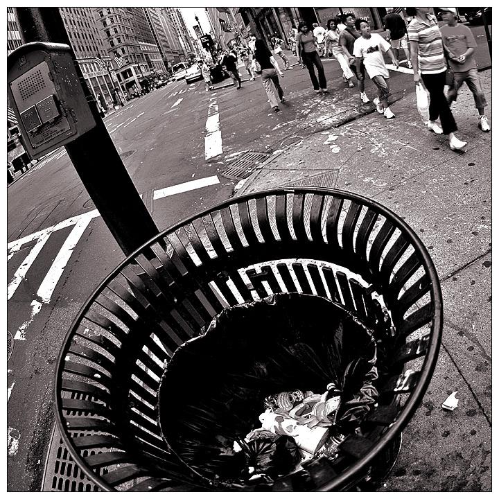 ..:NEWYORK//WASTE:..