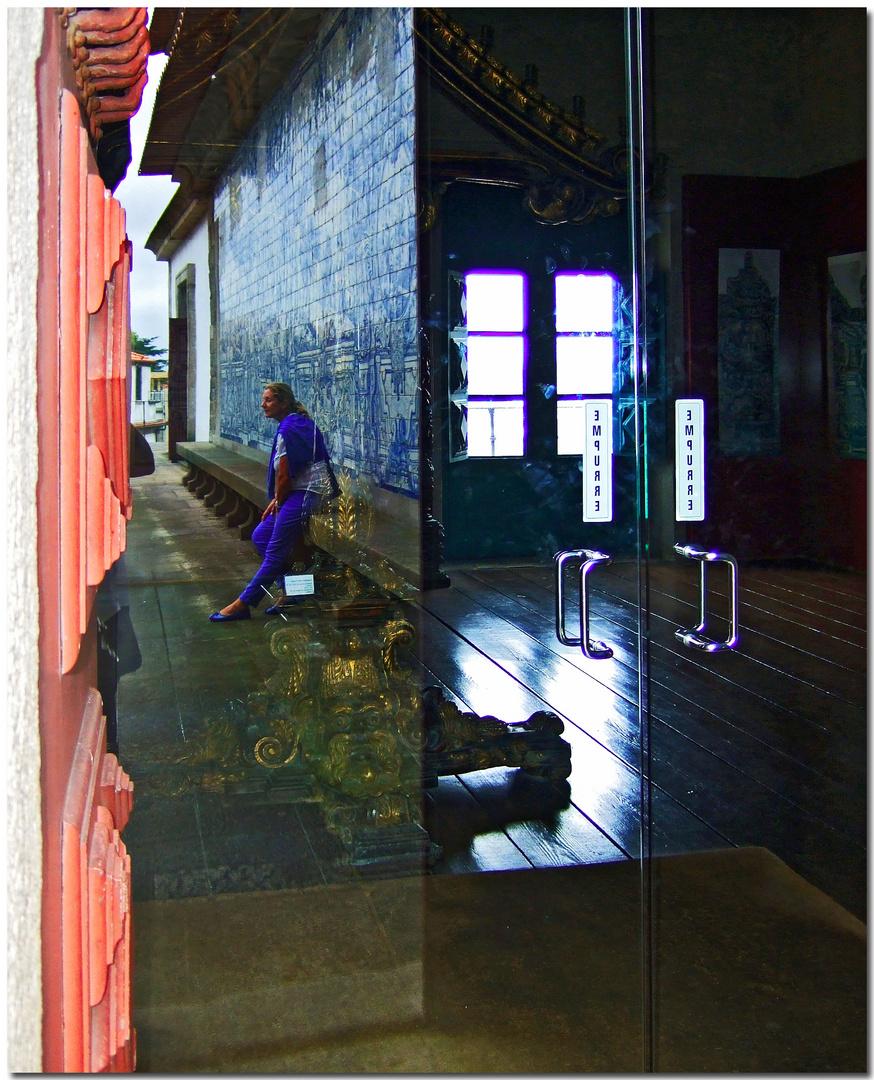 Ángela e os azulejos
