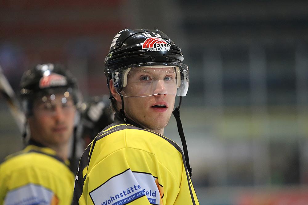 NHL Star Christian Erhoff