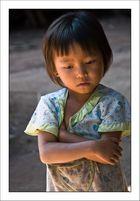 Niña Laosiana (2)