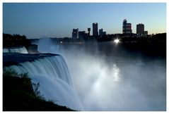 Niagara bei Nacht ..
