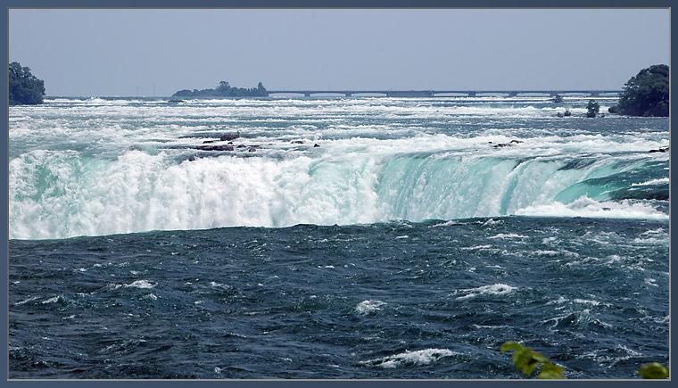 ~ Niagara Falls - von oben ~