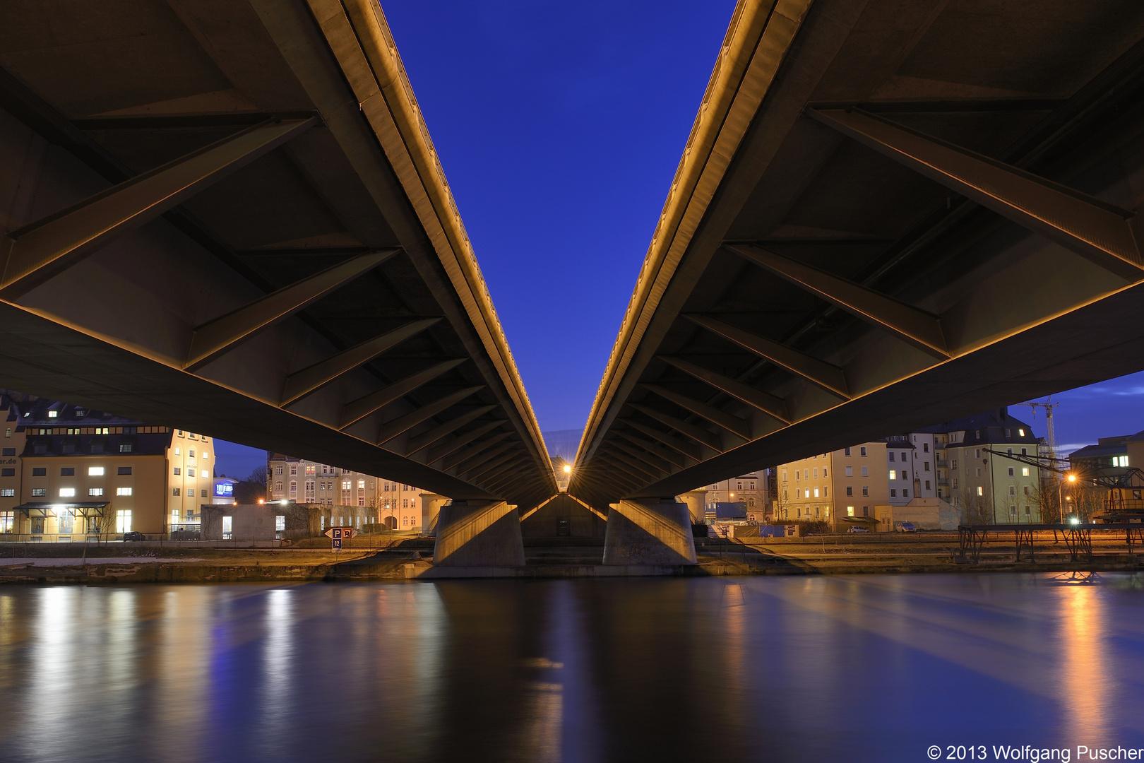 Nibelungenbrücke in Regensburg 01