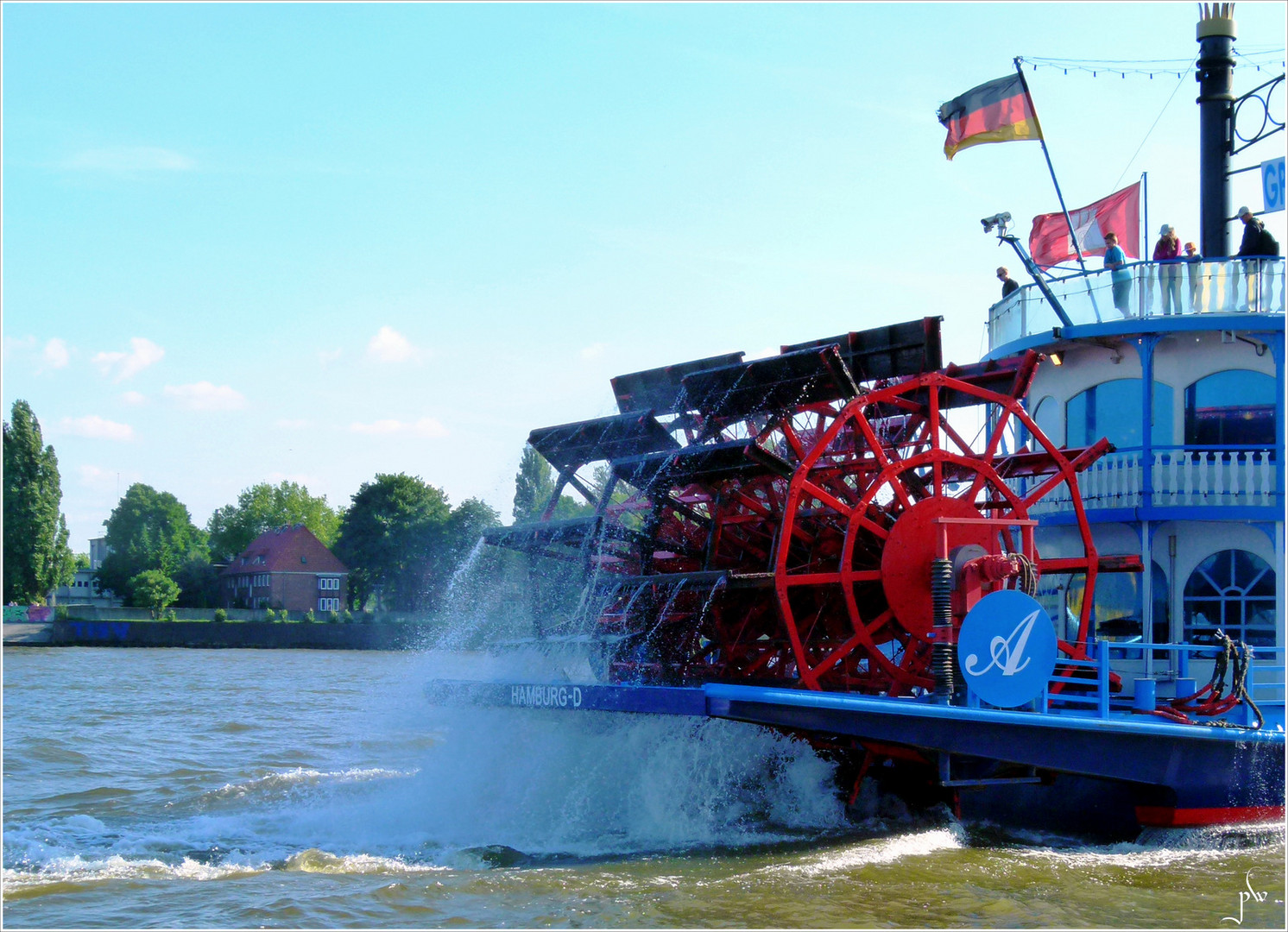 Nicht in New Orleans, sondern auf der Elbe in Hamburg