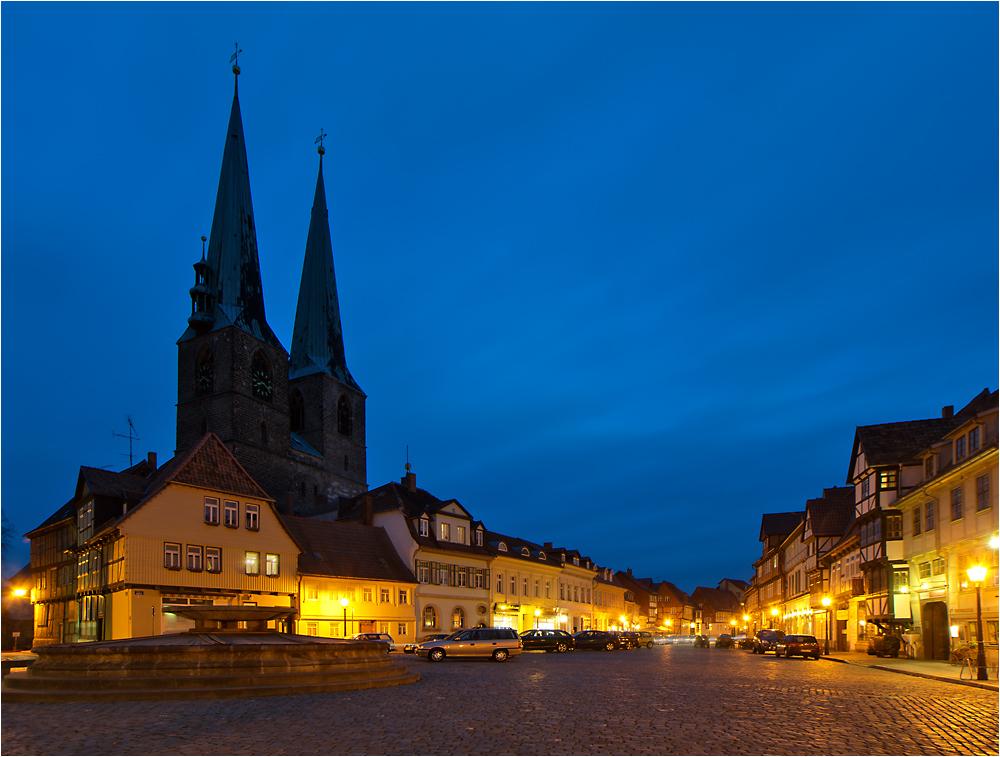 Nicolai-Kirche und Mathildenbrunnen