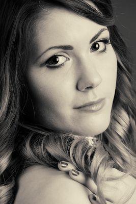 Nicole A. (6)