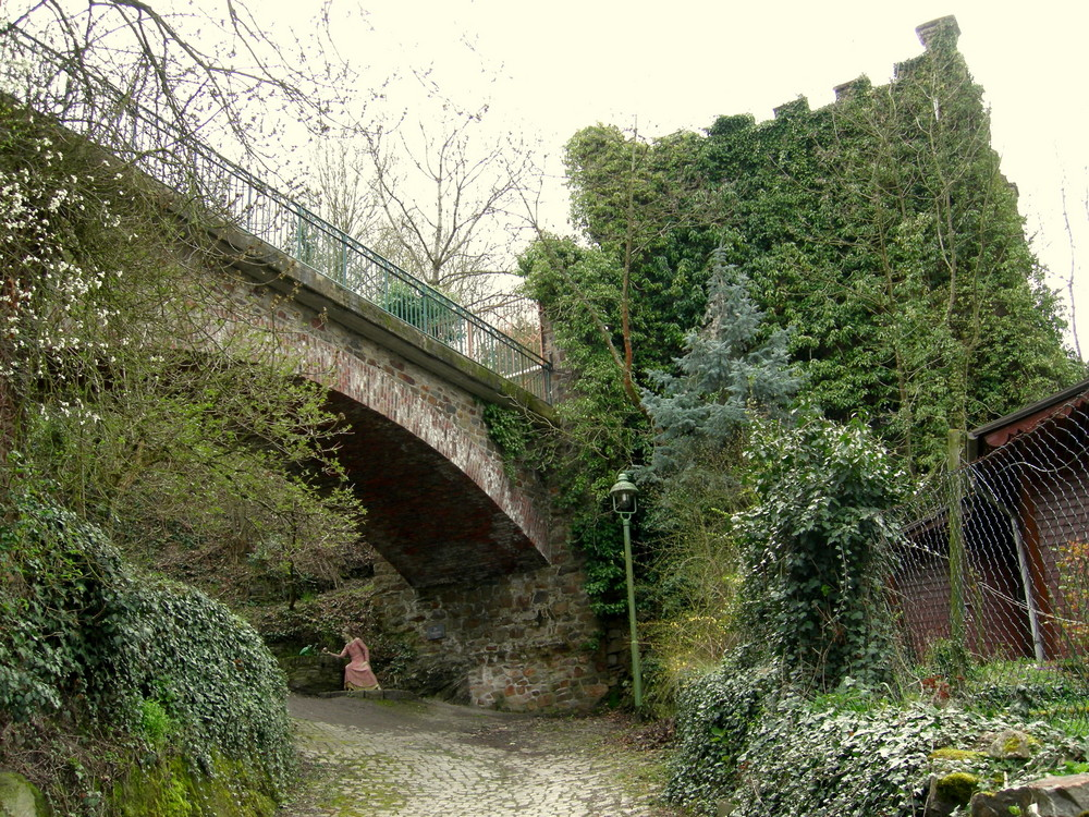 Niederheimbacher Kuhweg - Märchenweg (16=