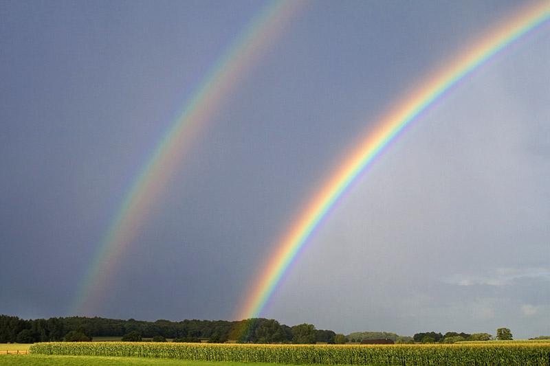 Niederrhein - Regenbogen über der Sonsbecker Schweiz