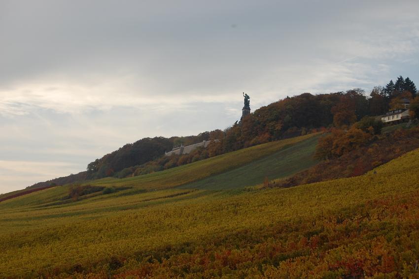 Niederwalddenkmal von der Seilbahn aus gesehen
