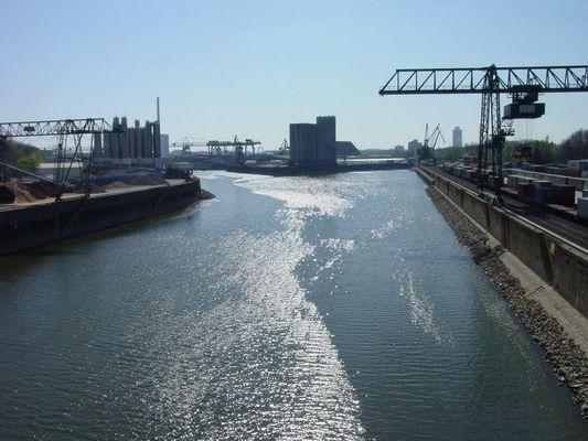 Niehler Hafen