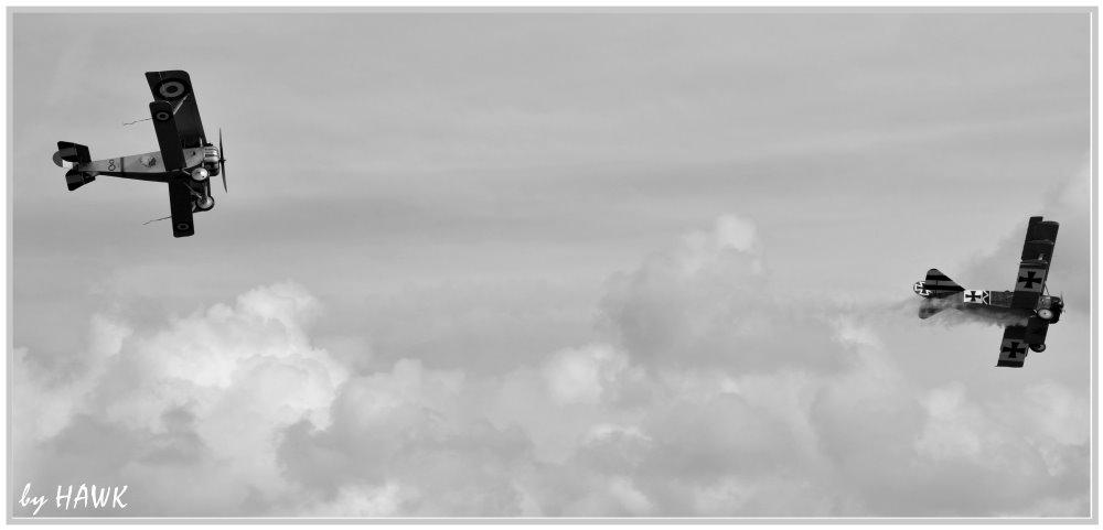 Nieuport chasing DR I