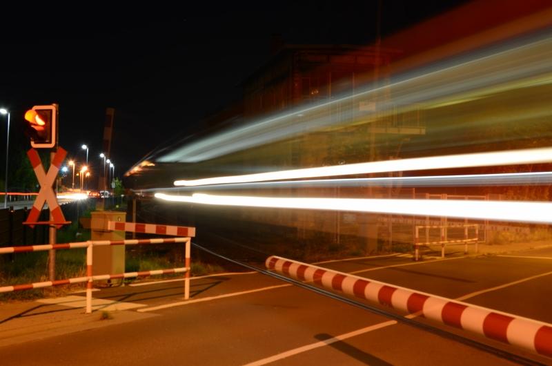 Nightshoot Bahnübergang