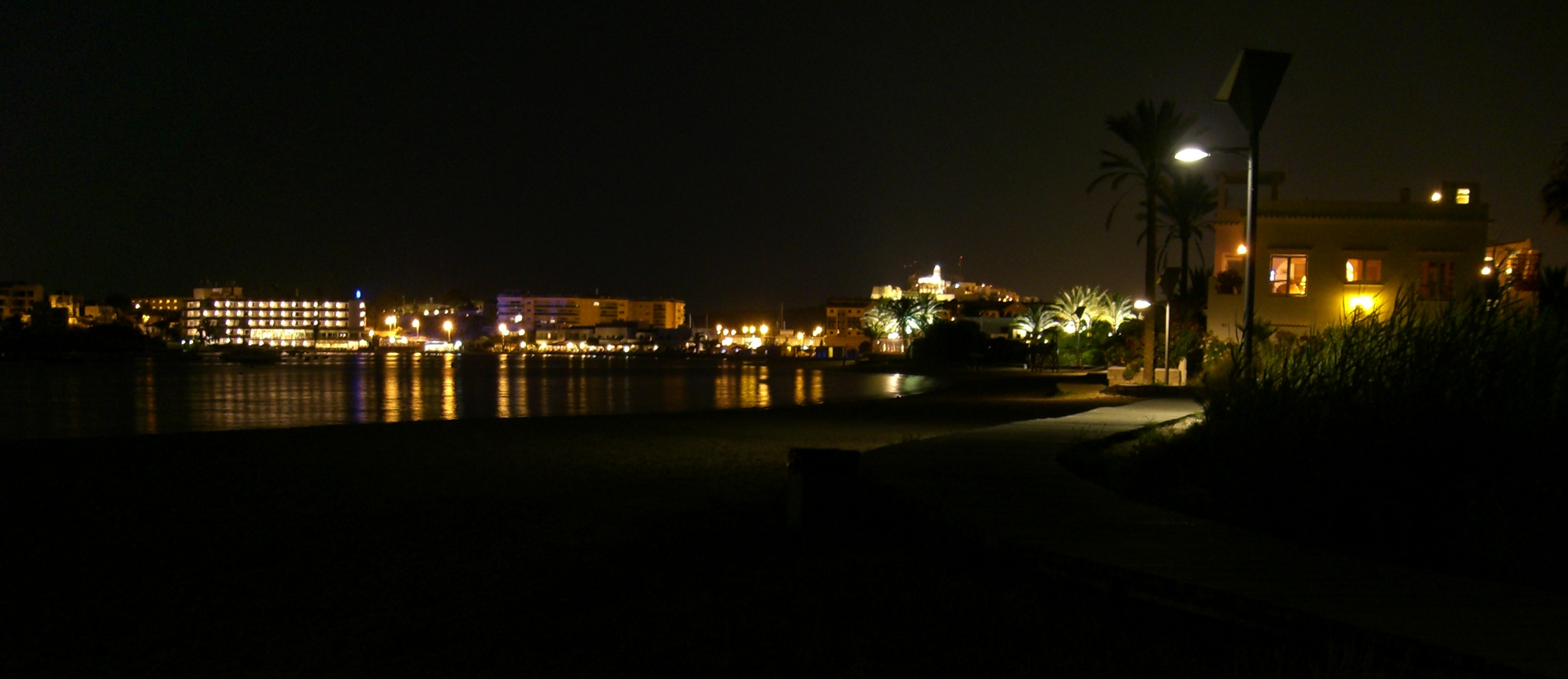 Nightview - Talamanca