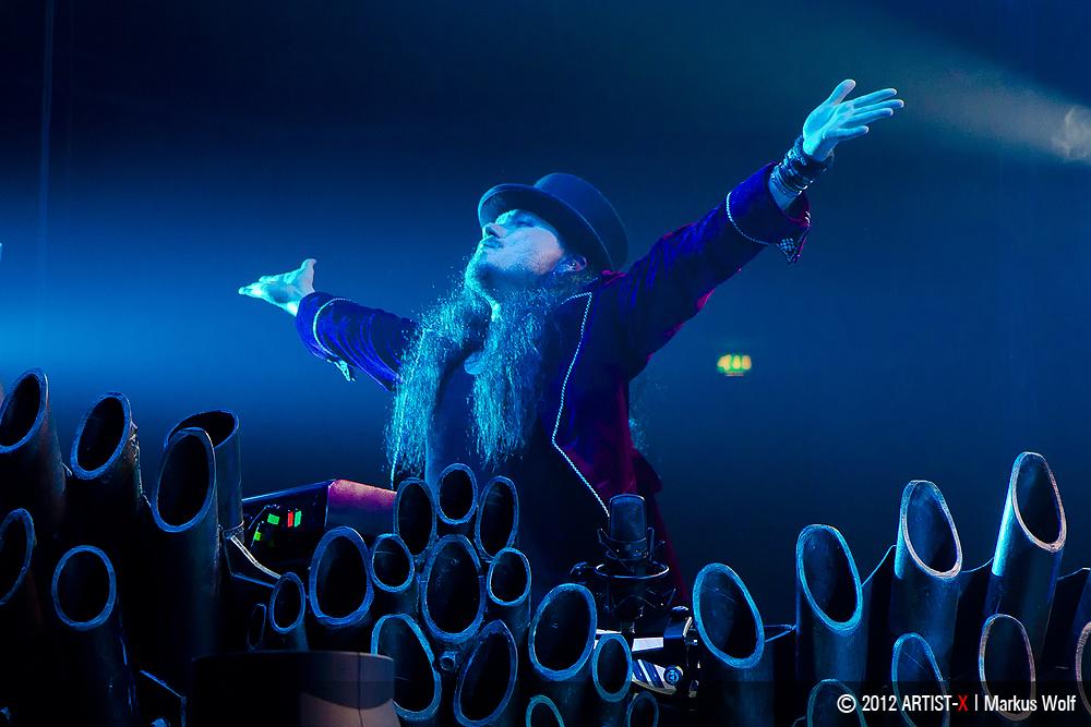 NIGHTWISH - Tuomas Holopainen - Keyboards