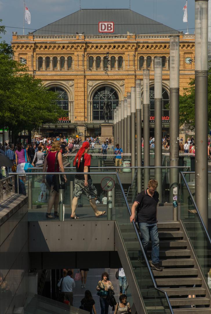Niki-de-Saint-Phalle-Promenade I - Hannover