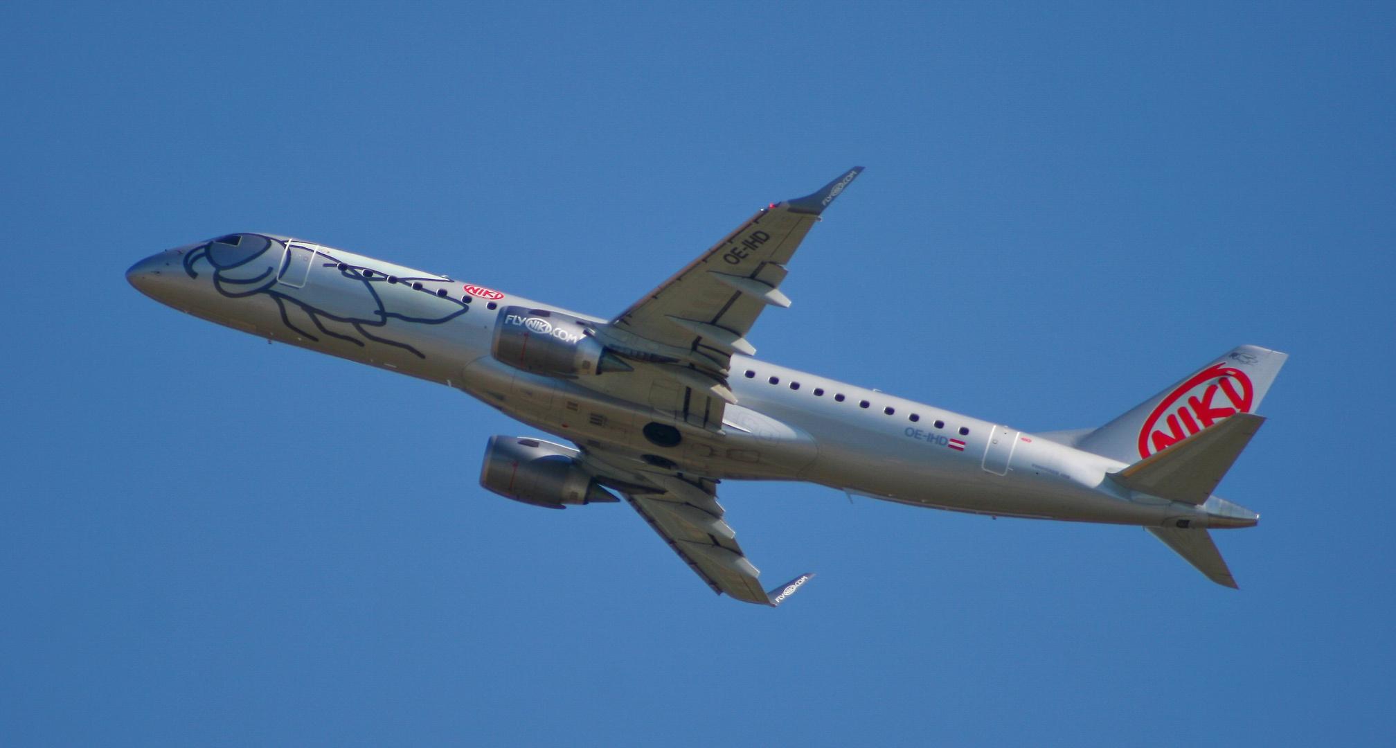 NIKI Embraer ERJ-190