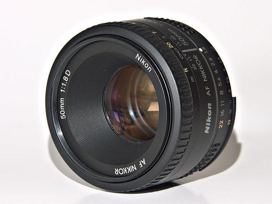 Nikkor 50mm 1:1.8 D