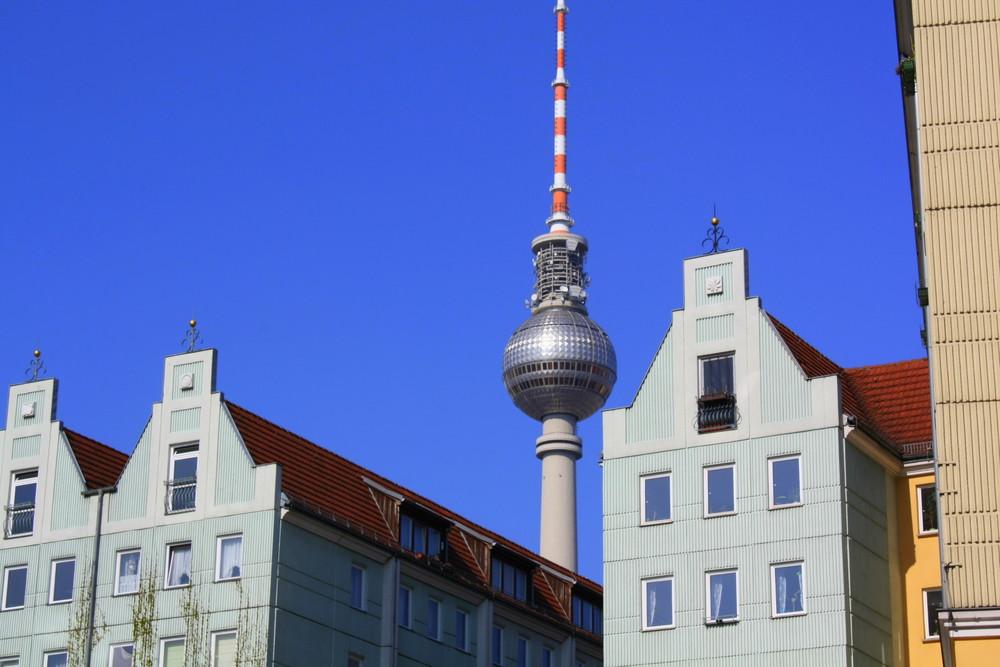 Nikolaivierterl und Fernsehturm - Berlin