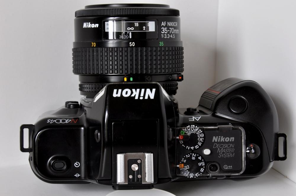 Nikon F 401