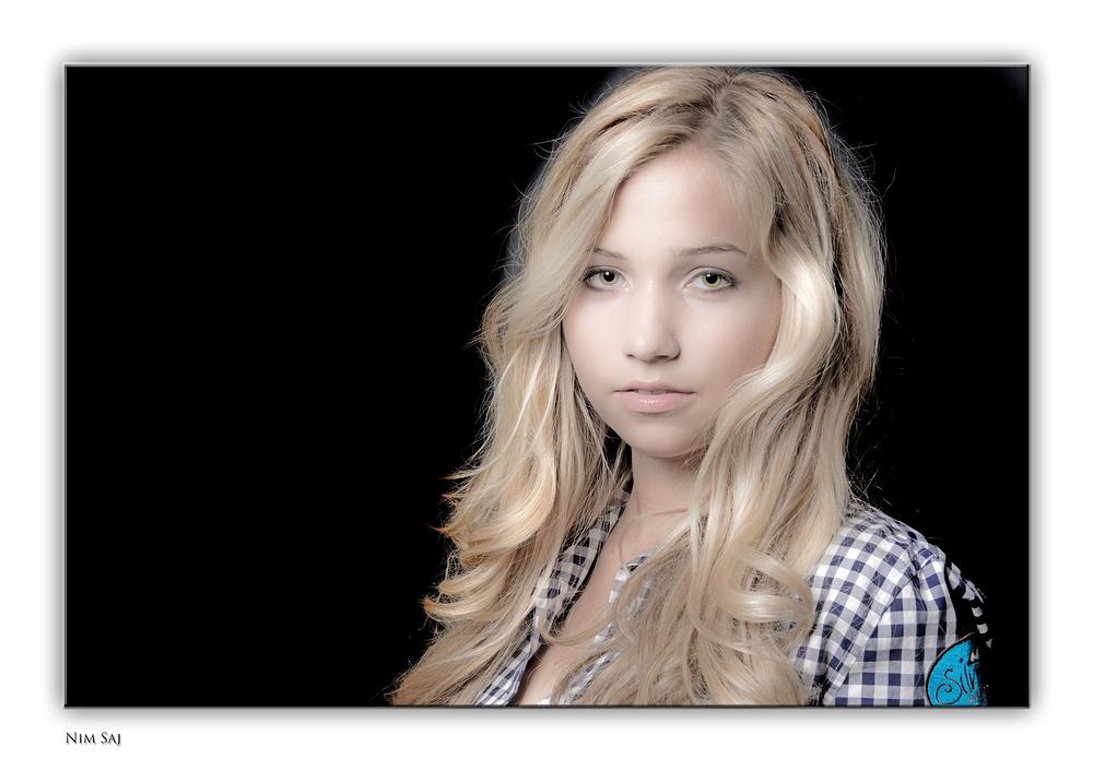 Nim Saj 02 (Portraitstudie, Forum Fotografie 2013)