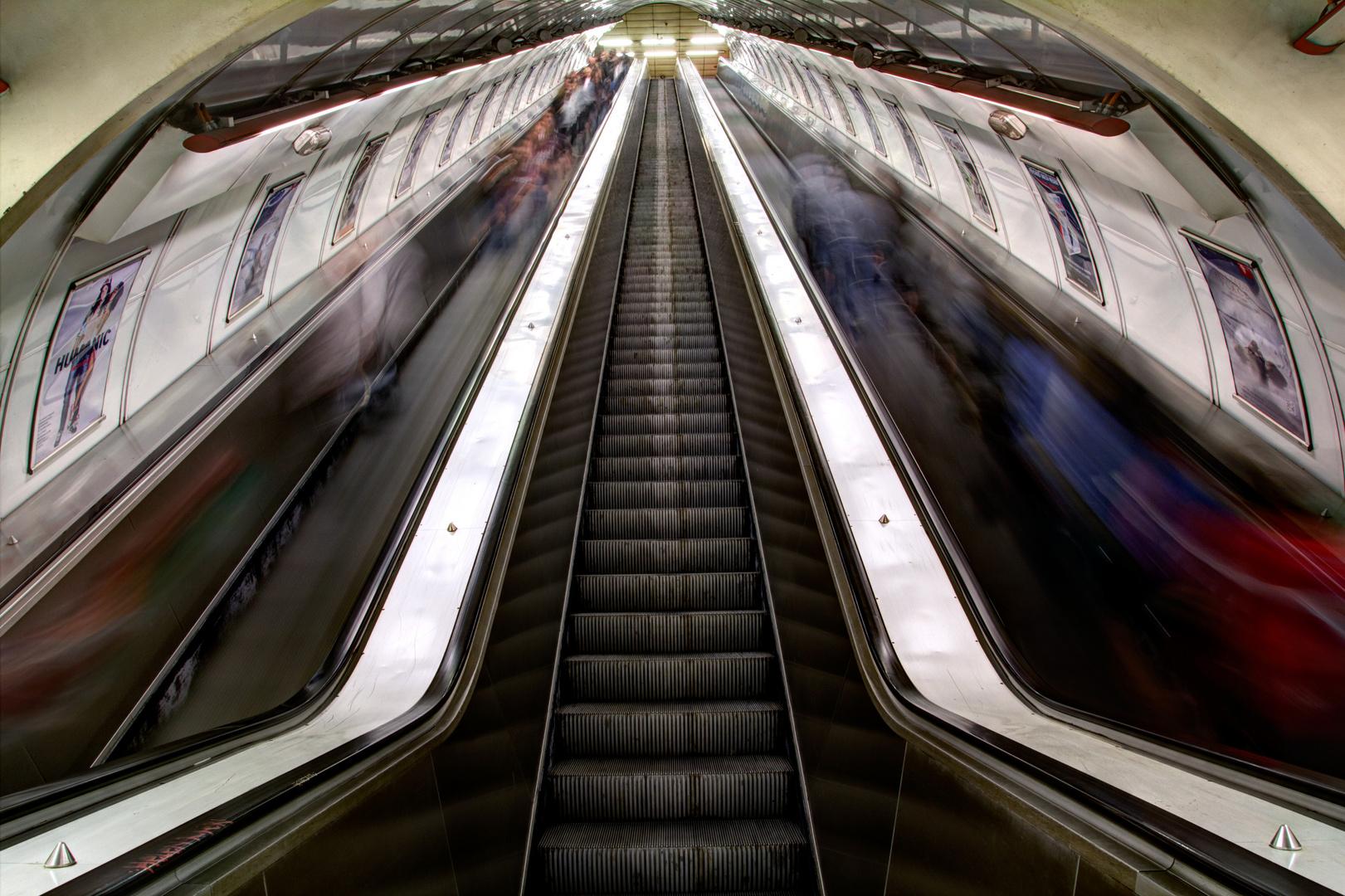 Nimm die Rolltreppe