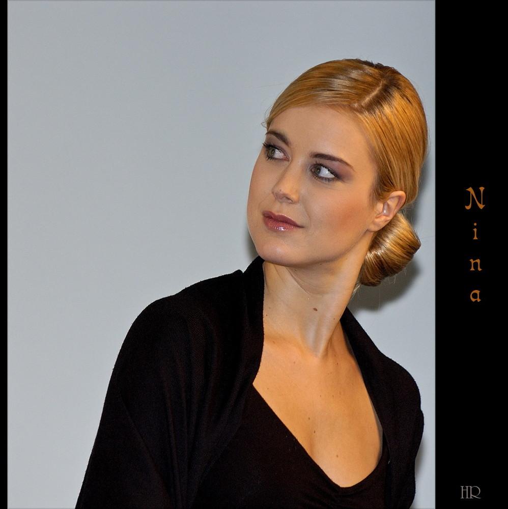 * Nina *