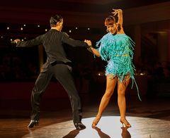 Nina Trautz und Valeria Musuc bei der Samba (1)