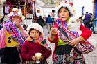 Ninas del pueblo Pisac, Cusco