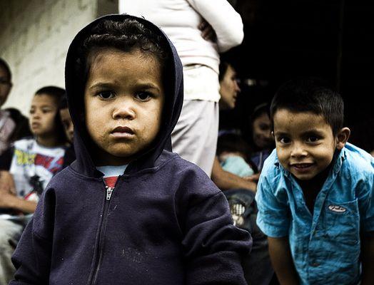 Niños comuna de Medellín