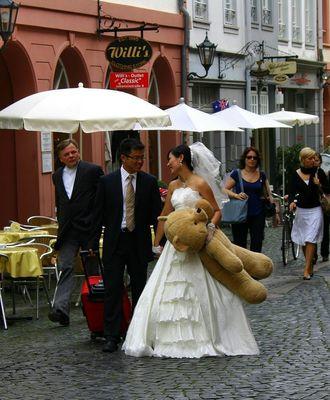 ...Nippon Hochzeit