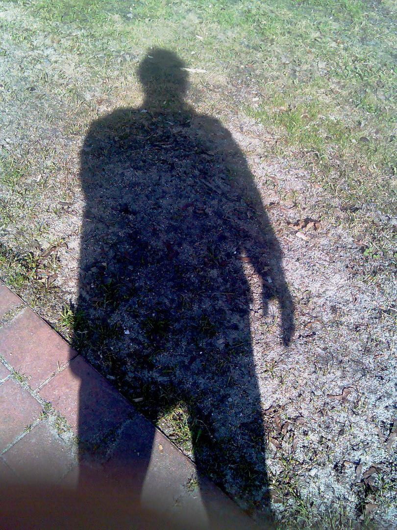 Nivk's Schatten...am Ufer der Panke