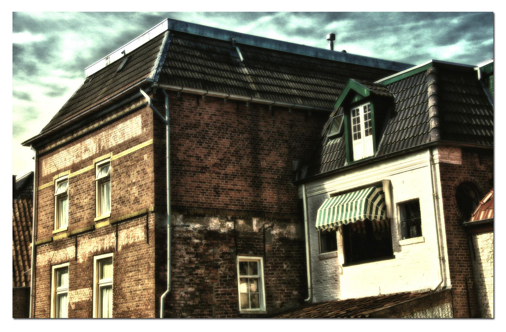*NL-Stadthäuser-Oldstyle*
