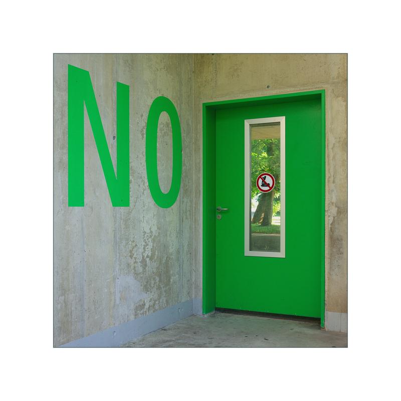 no ! entrance