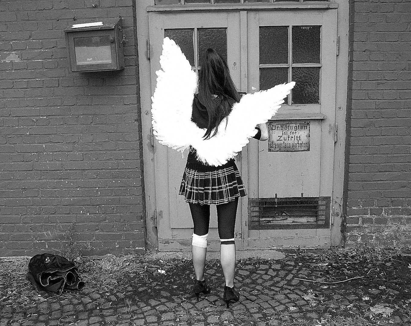 """""""No fallen Angel"""" leaves her home in the morning"""