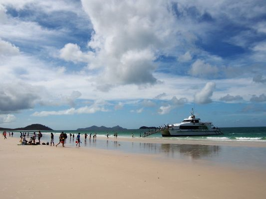 No peace and quiet on Whitehaven Beach... :)