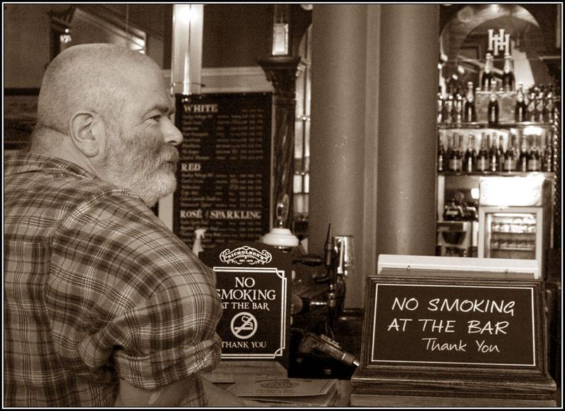 No smoking at the bar