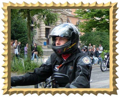 Noch ein Bild von der Harley Parade