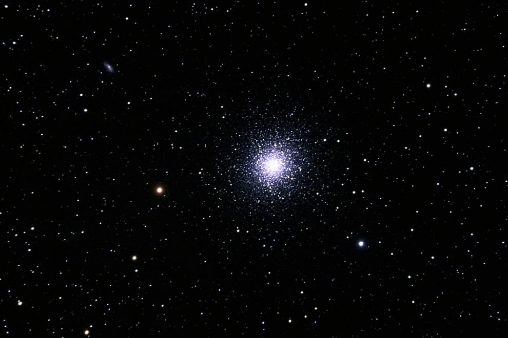 Noch ein Haufen Sterne, Kugelsternhaufen M13 im Sternbild Herkules