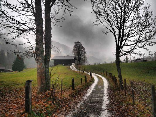 Noch ein Stück Weg bis ins Dorf
